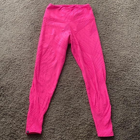 Onzie Neon Pink Leggings